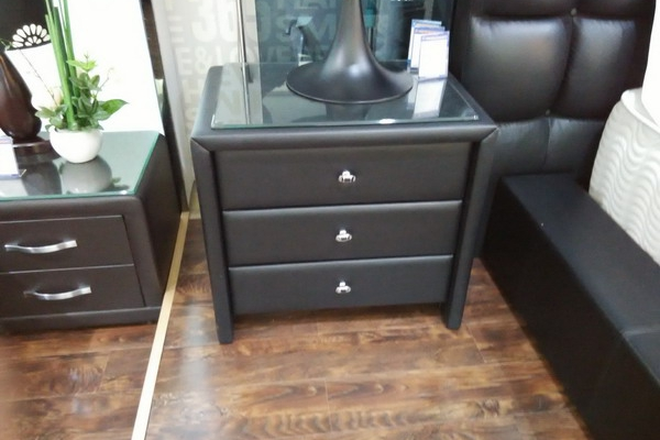 leather night stand #03