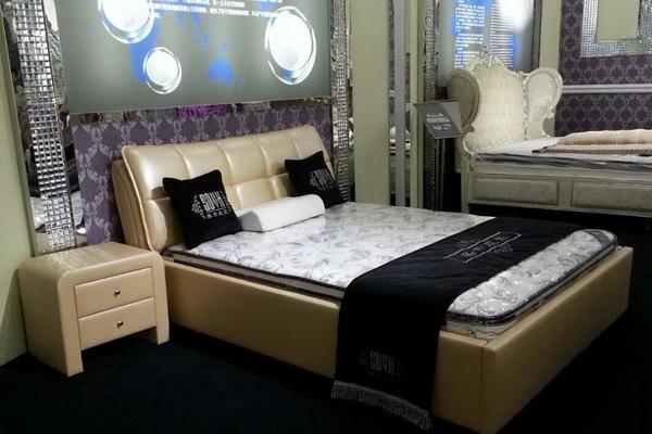 皮制软床 #08171