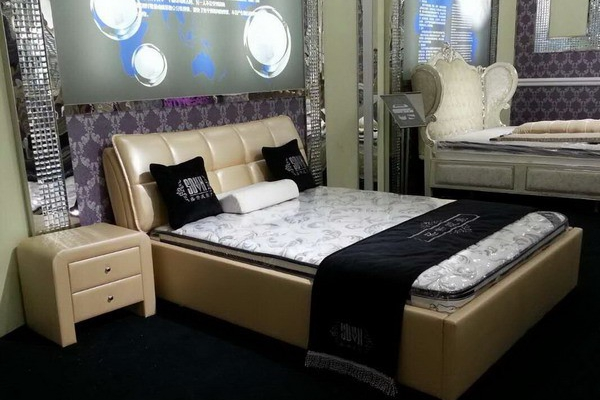 leather bed #08171
